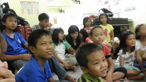 Teaching English - Refugee Kids